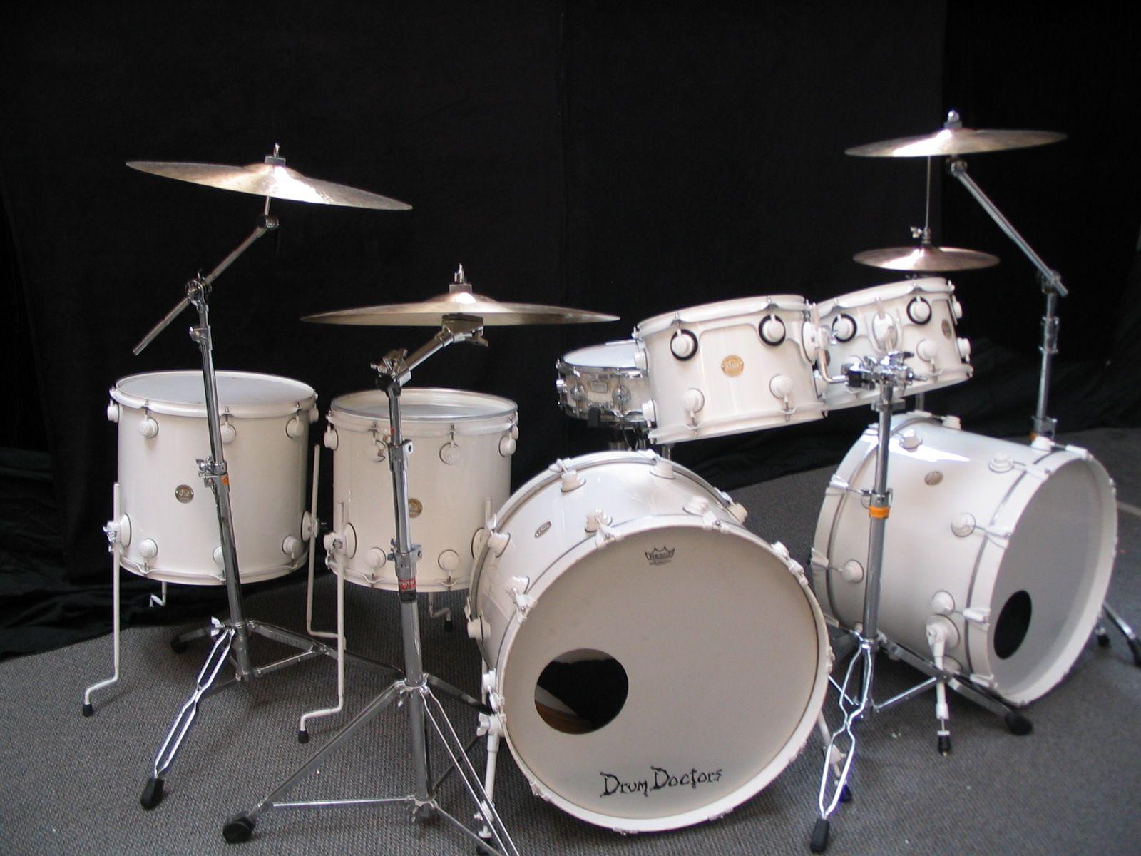white drum sets google search drums single color kits drums snare drum drum kits. Black Bedroom Furniture Sets. Home Design Ideas