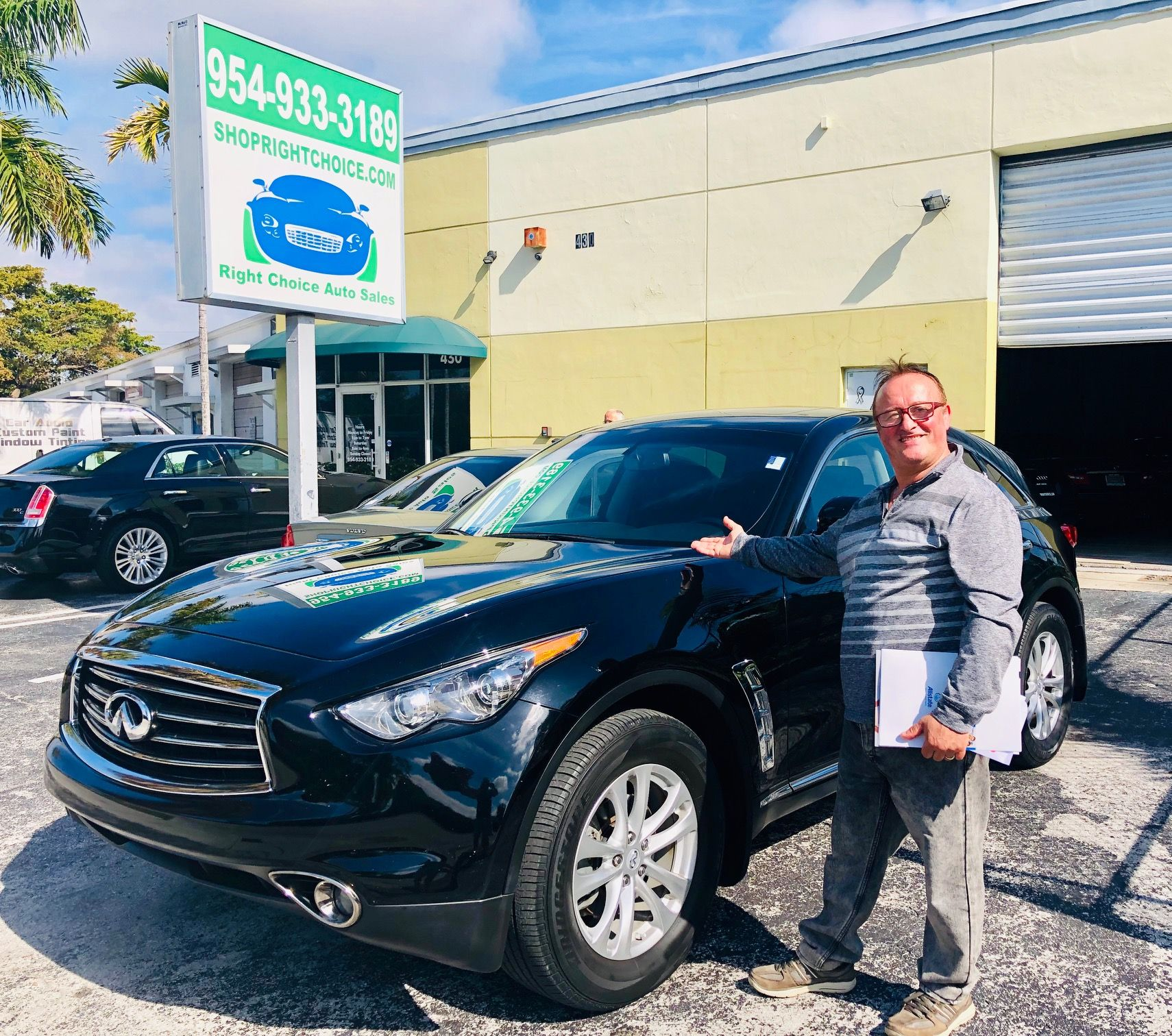 Petro Drove Down From Jacksonville Fl With A Friend And Saved 3 540 On This Like New 2013 Infiniti Fx37 Shoprightc Buy Used Cars Used Luxury Cars Used Cars