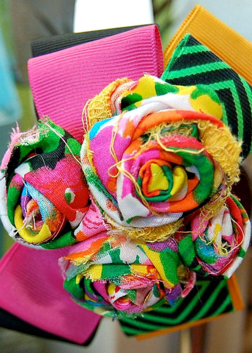Retro Flower Looms Give Bags A Groovy Summer Makeover Rolled