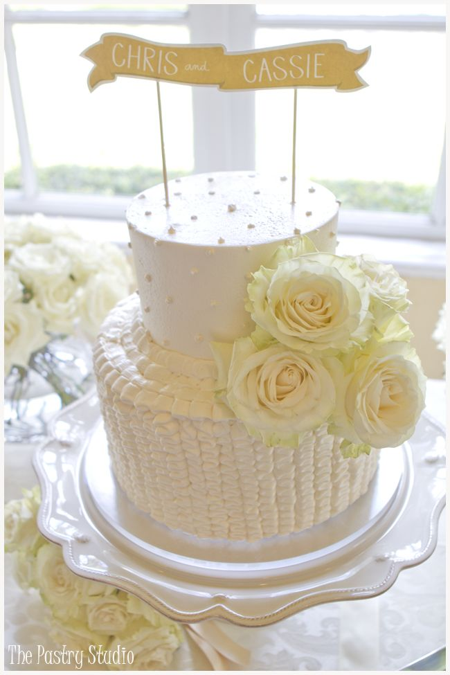 Vintage Wedding Cakes and Dessert Bars at Club Continental ...