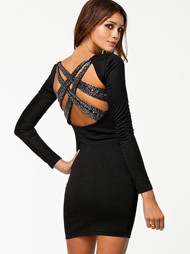 Mila Dress - Nly Trend - Musta - Juhlamekot - Vaatteet - Nainen - Nelly.com 79b01adf37