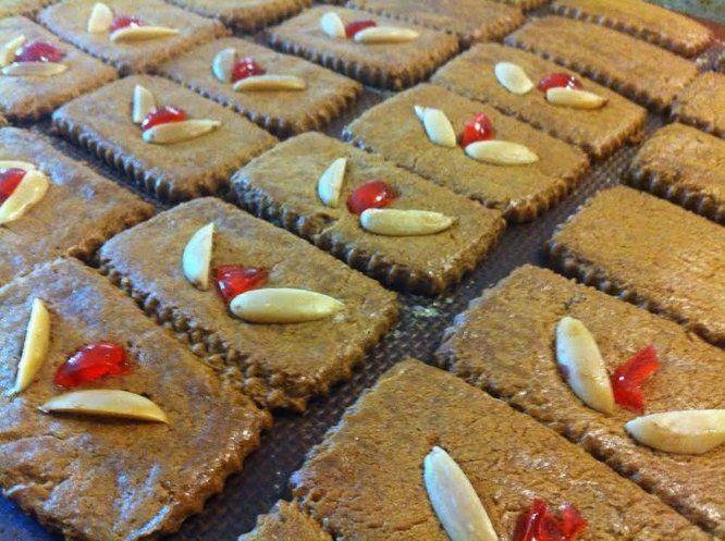 Braune Weihnachtskekse.Braune Lebkuchen Old Fashioned Thin German Gingerbread Cookies