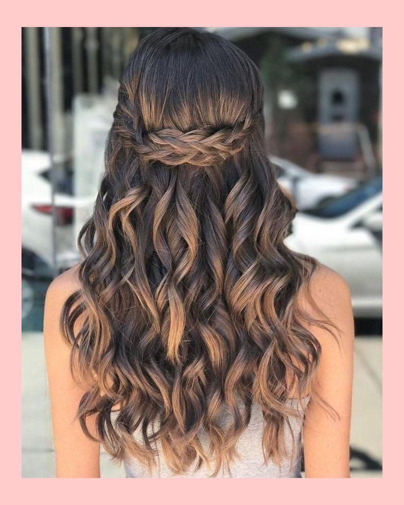 9 Pretty Prom Frisur Ideen für lockiges langes Haar Haare mit