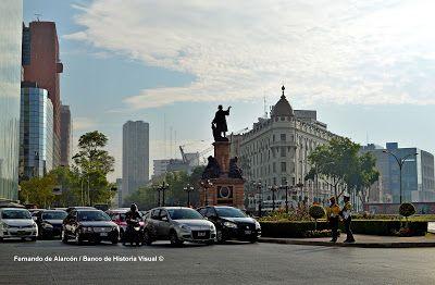 Glorieta de Colón. Columbus roundabout.