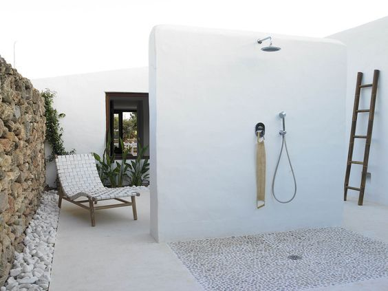 Bagno Mediterraneo ~ Doccia da esterno in stile mediterraneo bagno