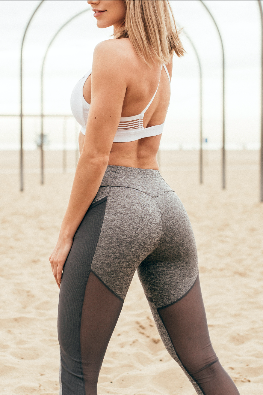 35990112134a4c Gymshark Athlete, Robin Gallant styles the the Gymshark Ease Sports Bra and Simply  Mesh Leggings.