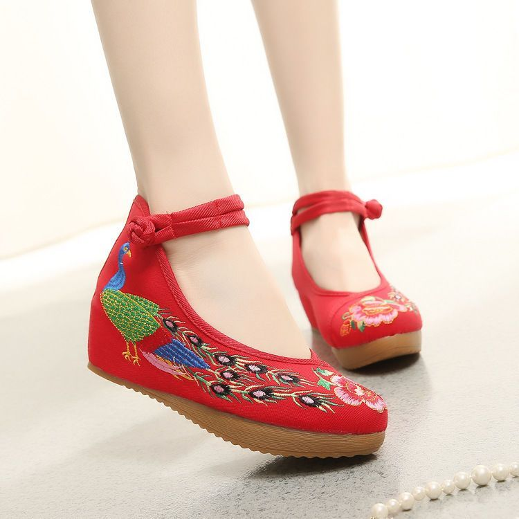 Cotton and linen national wind Embroidy Shoes Chinese style embroidered Slippers