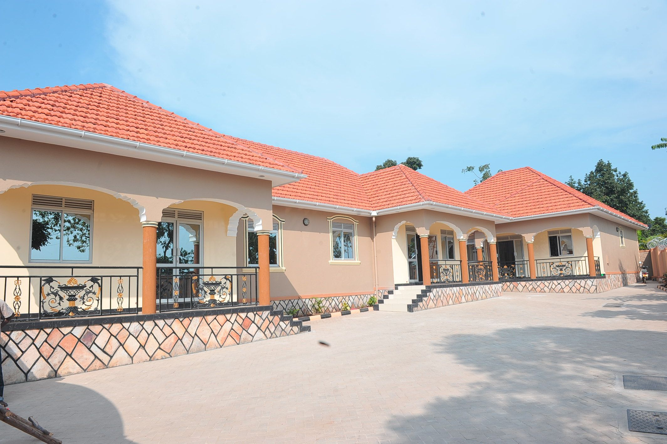 Semi Detached Rentals In Kampala On Sale House Plans With Photos African House Cool House Designs