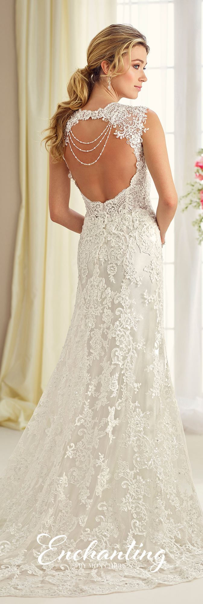 queen anne enchanted and neckline