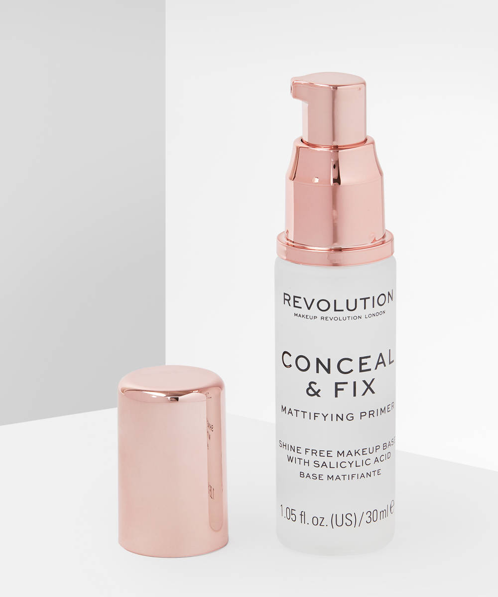 Makeup Revolution Conceal And Fix Mattifying Primer at