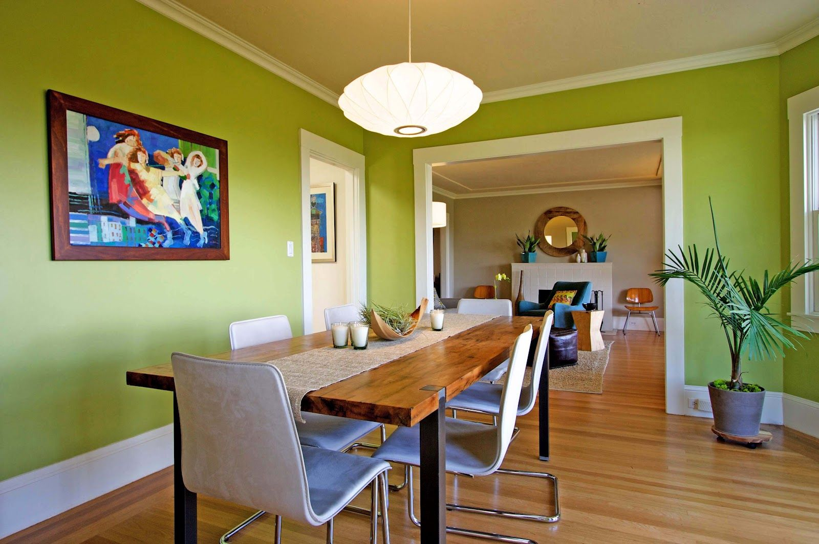 Green interior Paint
