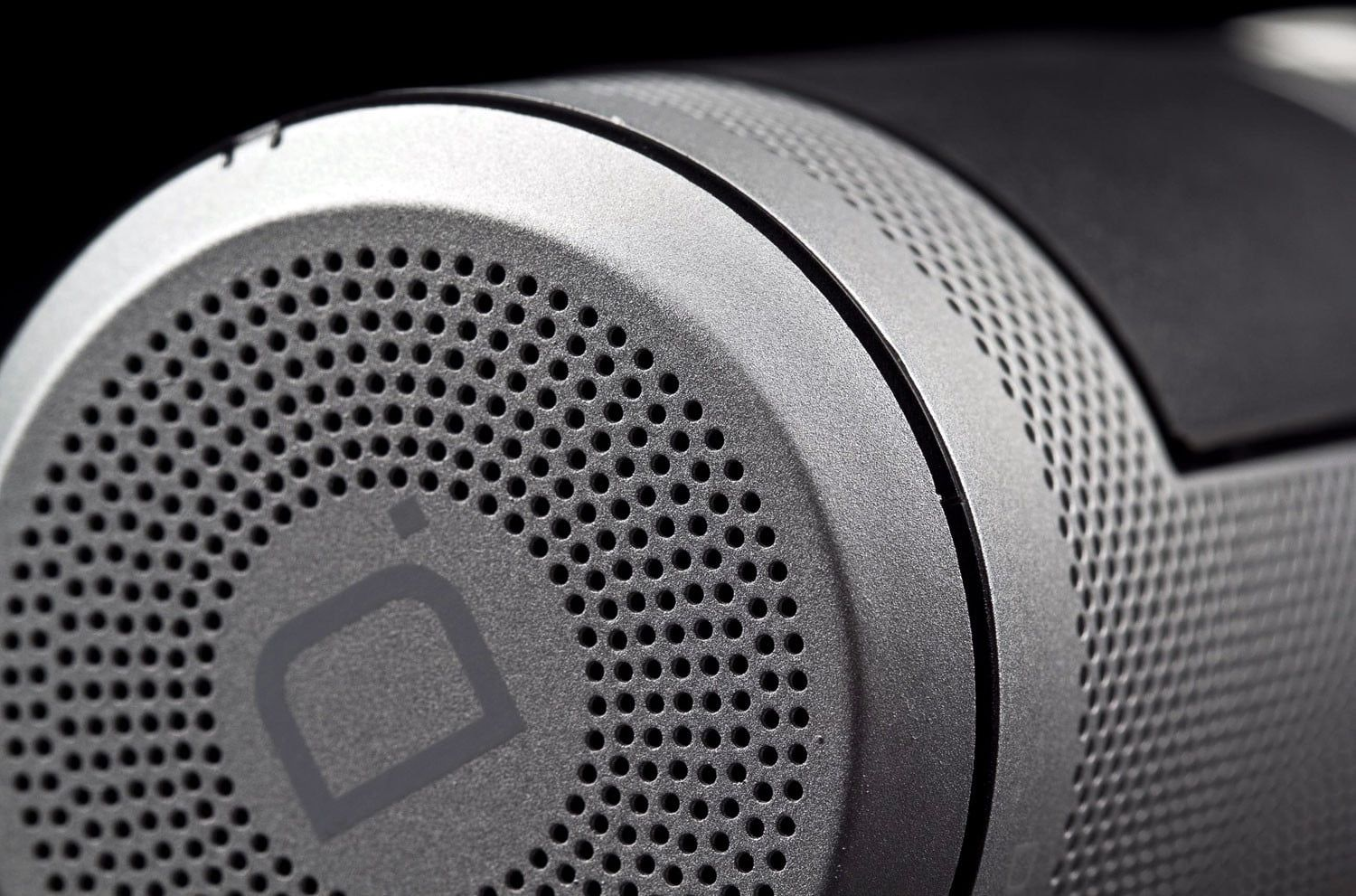Definitive Technology Sound Cylinder Review Digital