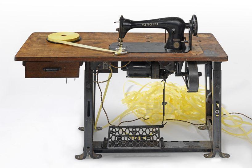 Dave Cole Music Box Singer Knitting Machine Pinterest Beauteous Singer Sewing Machine Music Box