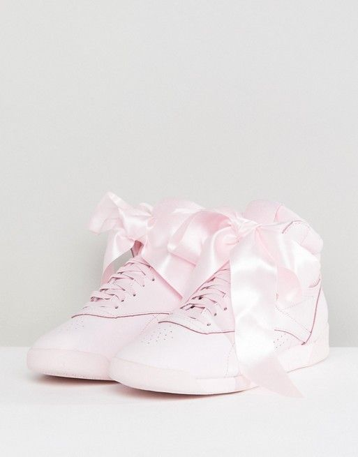 Classic Freestyle Hi Satin Bow Trainers In Pink - Pink Reebok sMt3MfKRu