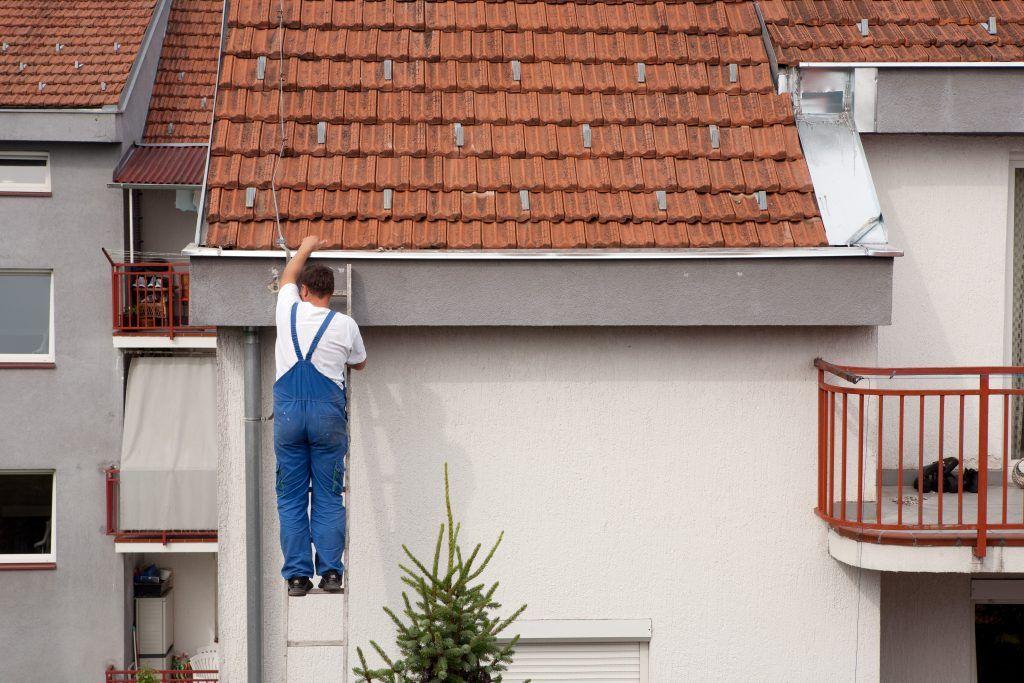 3 Ways To Avoid Diy Gutter Repair Gutter Repair Roof Restoration Diy Gutters
