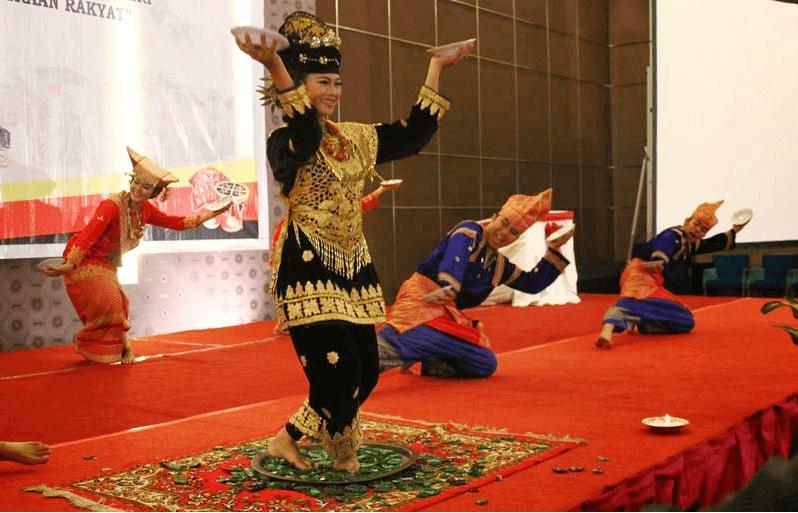 Nama Tarian Tradisional Daerah Indonesia Beserta Gambar Dan