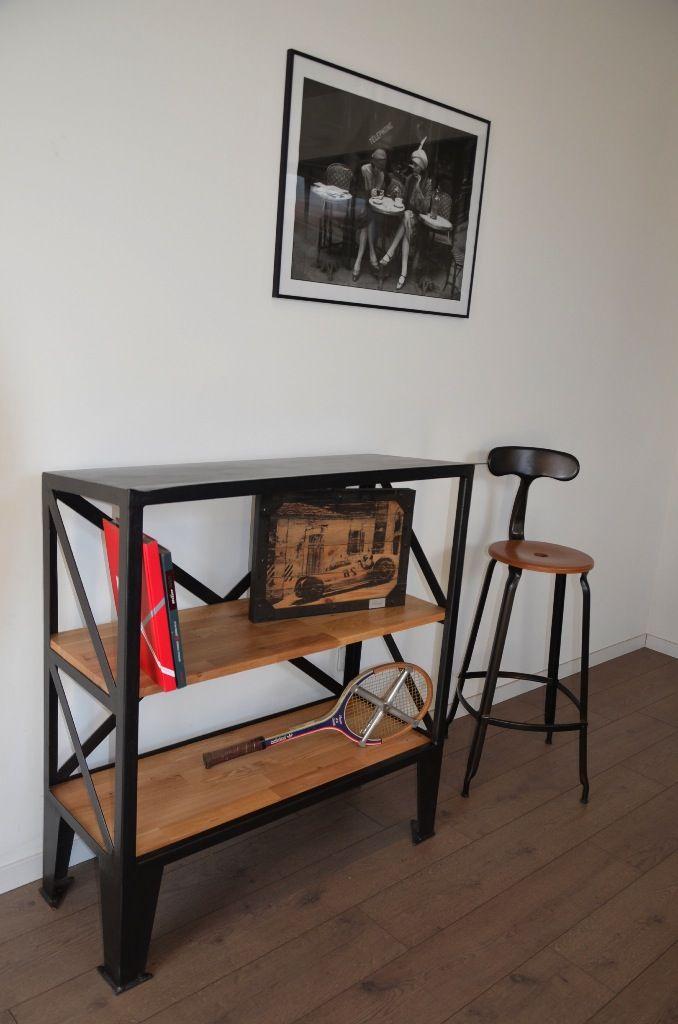 Etagère bibliothèque industrielle en bois et métal par Hewel