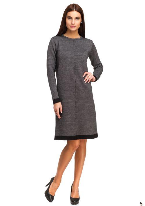 240b9353766 Классическое строгое платье-футляр для деловой леди выполнено из плотного  трикотажа с имитацие твиового полотна