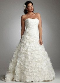 Beautiful Plus Size Wedding Dresses And Gowns At David S Bridal Plus Size Wedding Gowns Davids Bridal Wedding Dresses Wedding Dress Patterns
