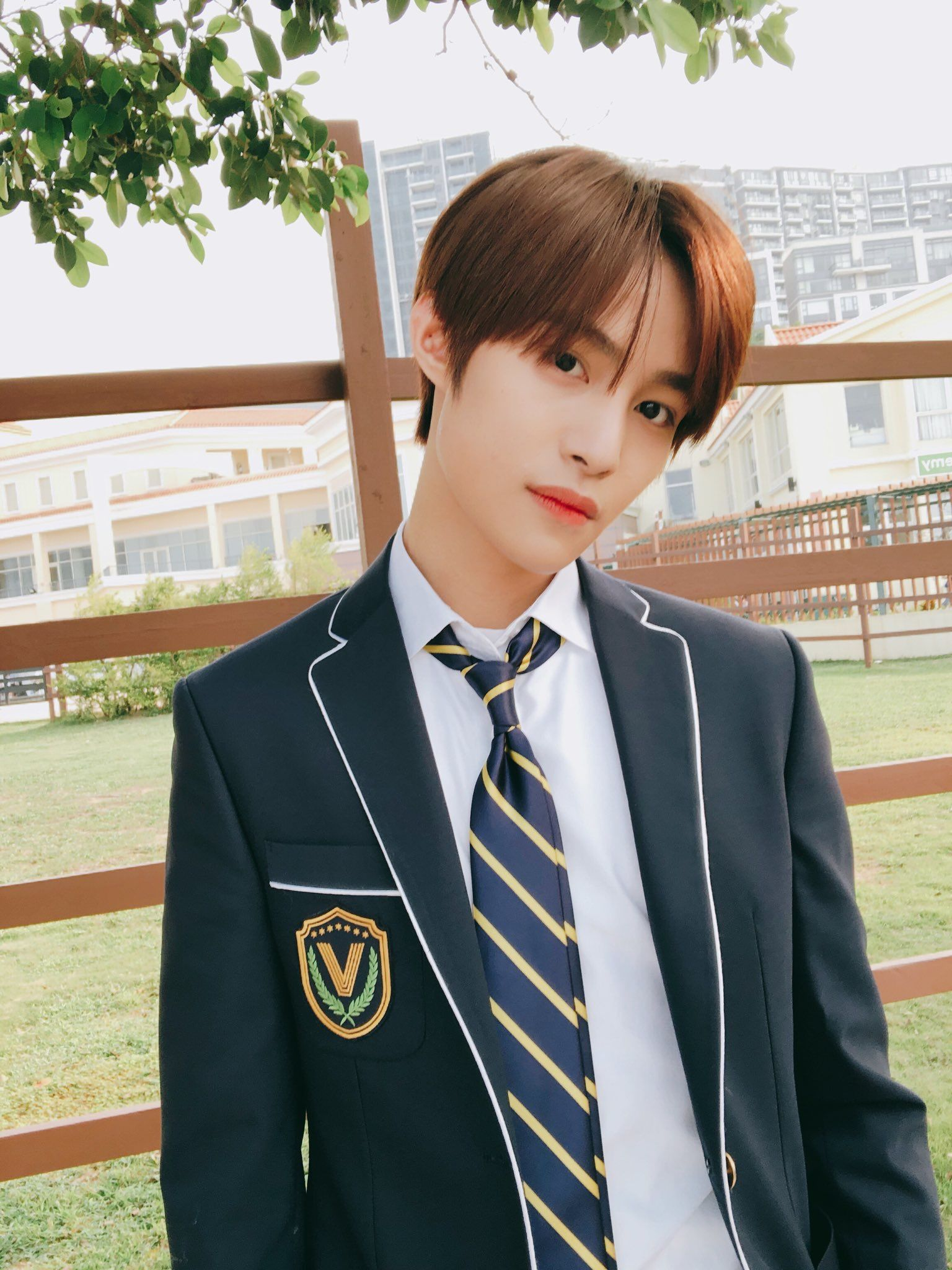 He is the main rapper and main dancer of the chinese male idol group wayv. Pin by 𝒱𝒾𝑜𝓁𝑒𝓉 on NCT ALL & WayV | Yangyang wayv, Nct, Nct ...