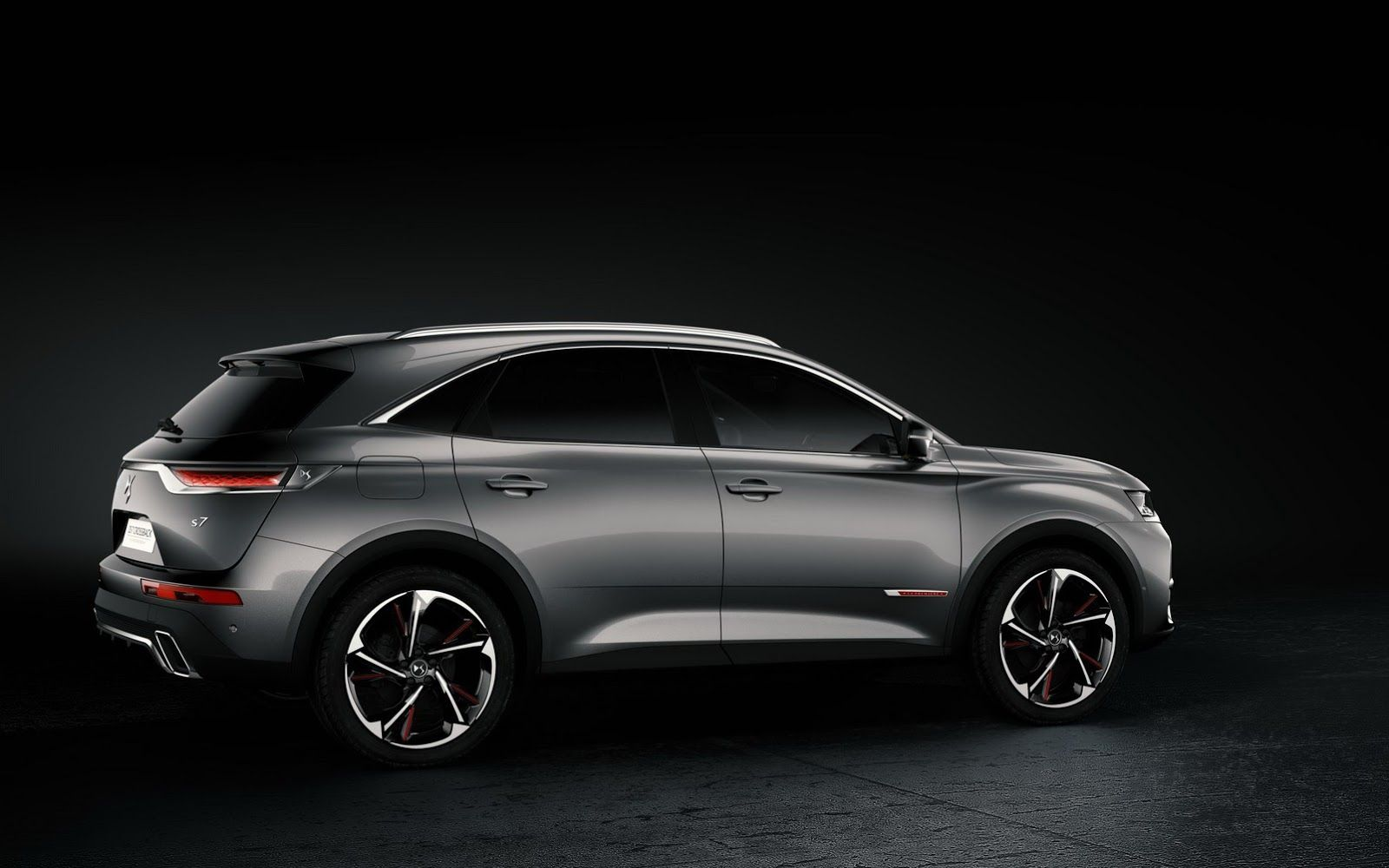 New Ds 7 Crossback Suv Launched Ahead Of Geneva Premiere Carscoops Ds Automobiles Sedan Cars Geneva Motor Show