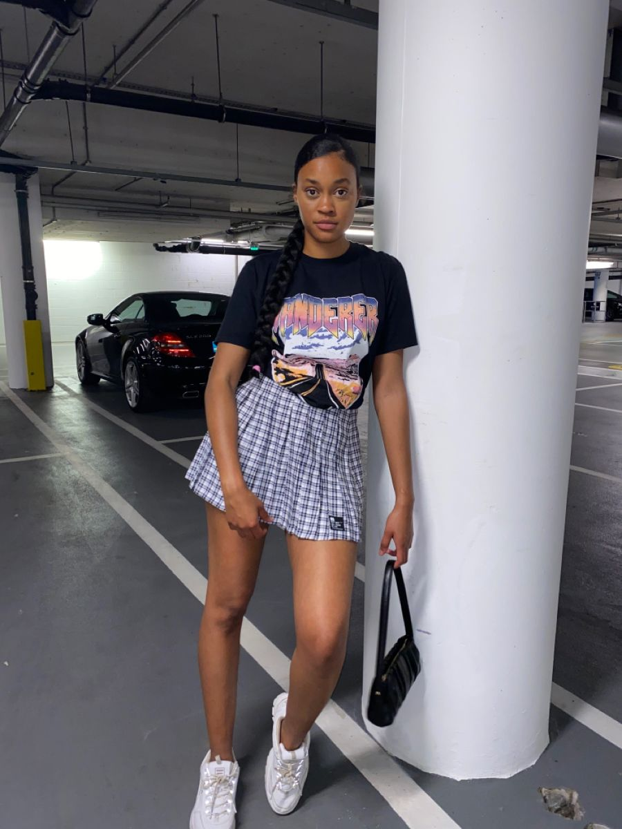 I Heard Tennis Skirts Are In And I M Loving It In 2020 Tennis Skirt Outfit Girls Tennis Skirt Bershka Outfit