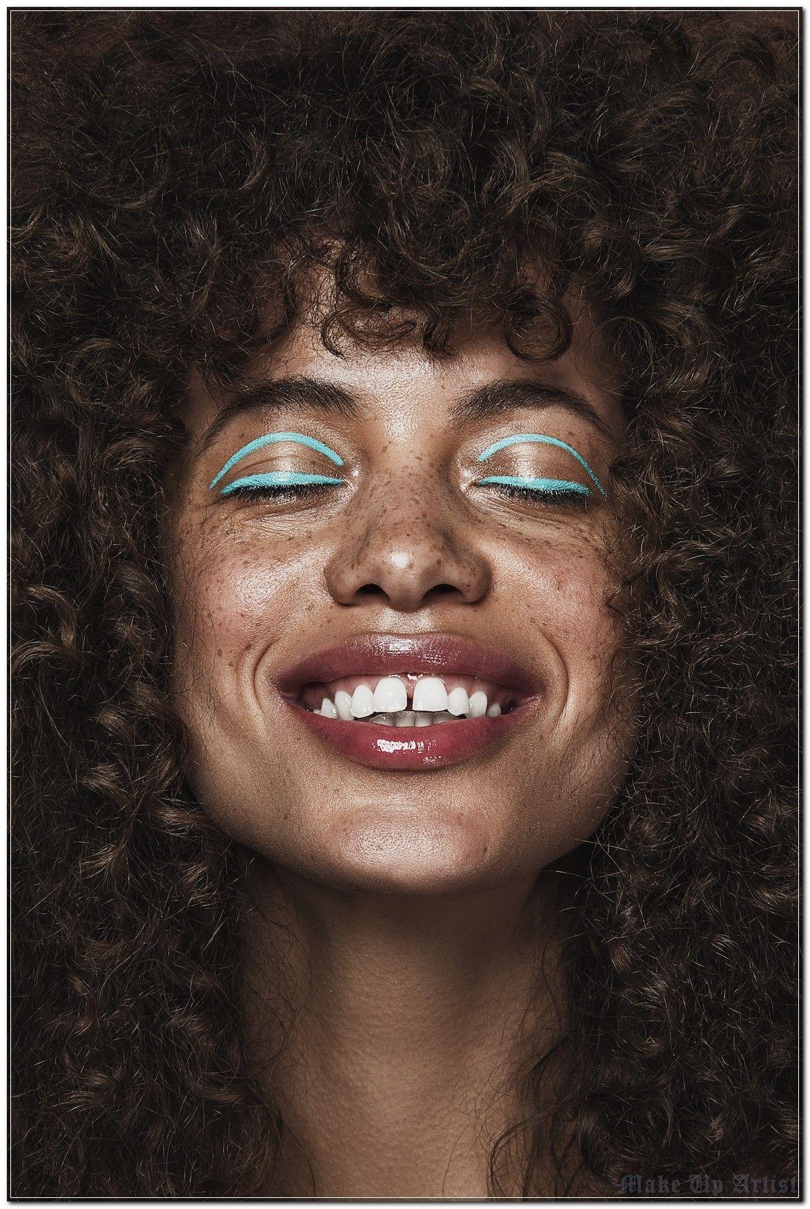 The Secret of Make Up Artist