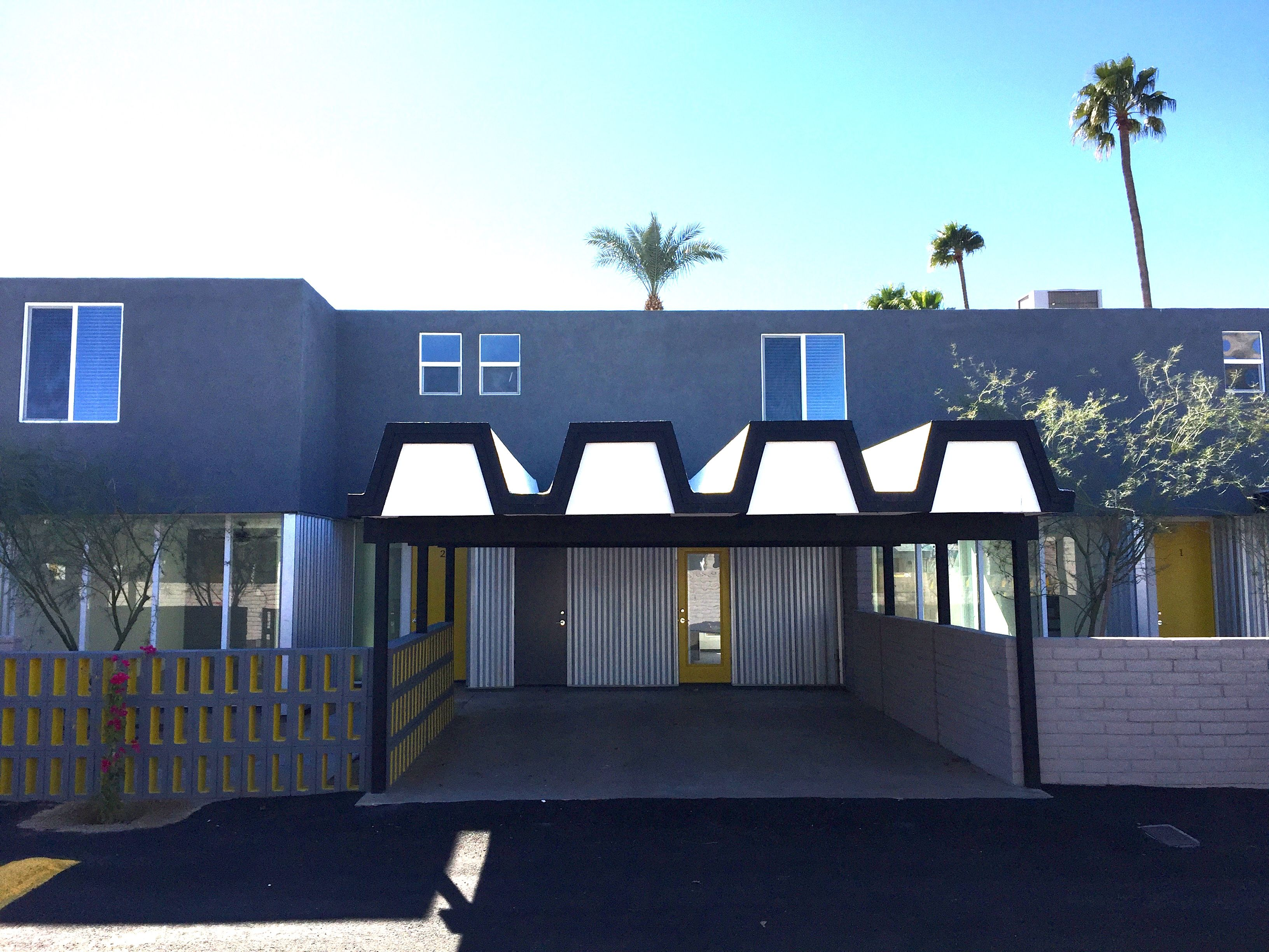 MODE Arcadia Townhomes is a midcentury modern twostory