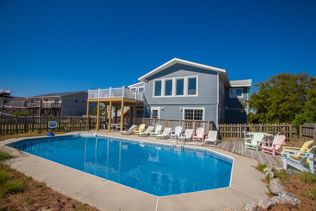 Blue Moon is a 7 bedroom vacation rental located Waterview 3rd Row
