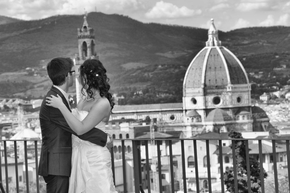 Romantic Photoshoot In Florence