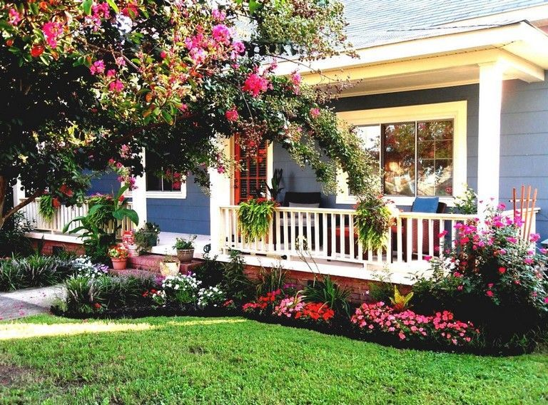 70 Awesome And Beautiful Front Porch Ideas Porch Landscaping