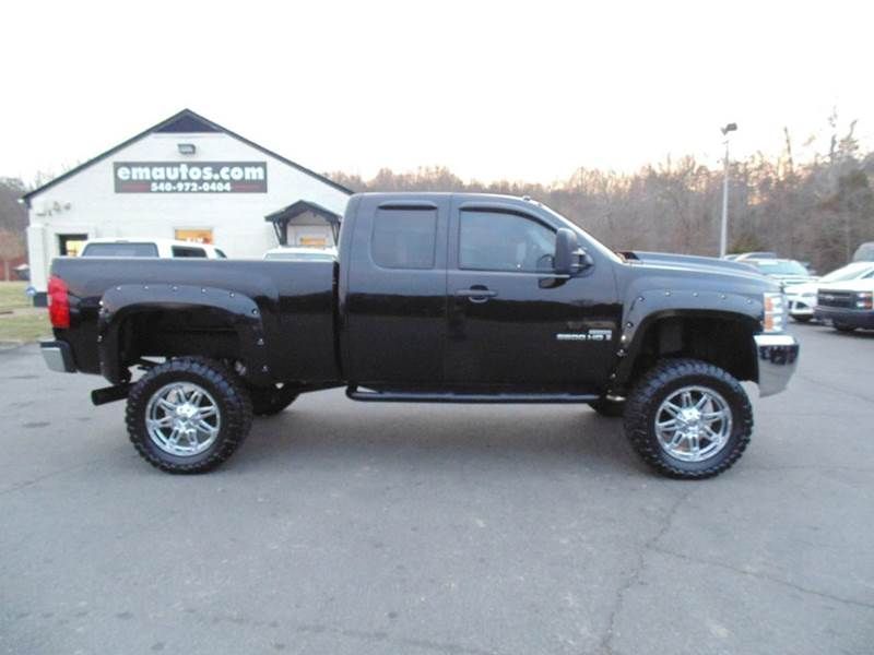 www emautos com 2008 chevrolet silverado 2500hd lt1 extended cab 4x4 short bed in locust grove. Black Bedroom Furniture Sets. Home Design Ideas