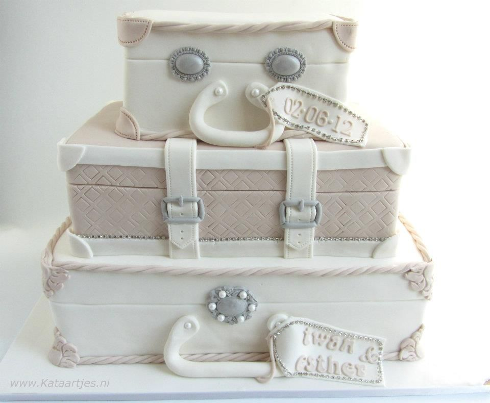 luggage wedding cake wedding cake suitcases where was when i was 16963