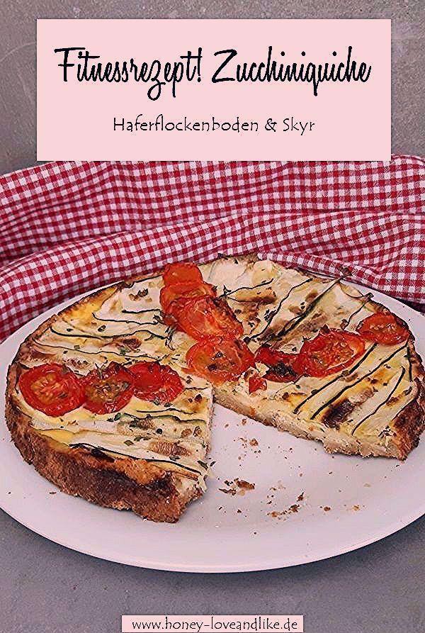Fitness Tomaten-Zucchiniquiche mit Haferflockenboden und Skyr,  #Fitness #Haferflockenboden #LachsRe...