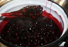 Off the Grid at -30: Recipe Thursday - Saskatoon Pie Filling