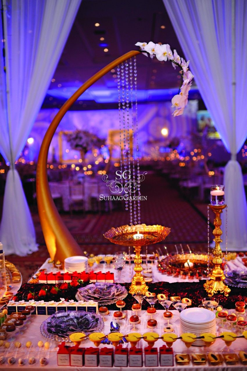 If i was invited to this wedding i would have to be for Aladdin indian cuisine