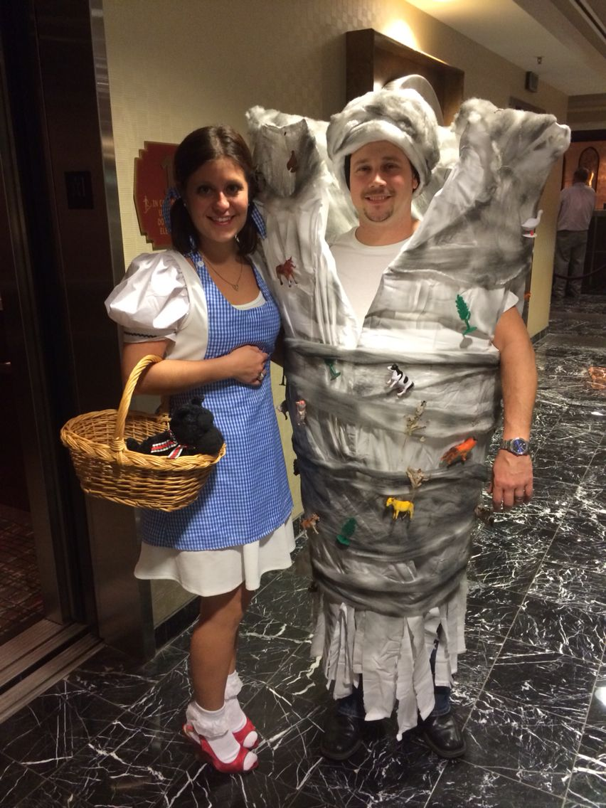 Wizard of oz, couples costume. Tornado is made from a tomato cage ...