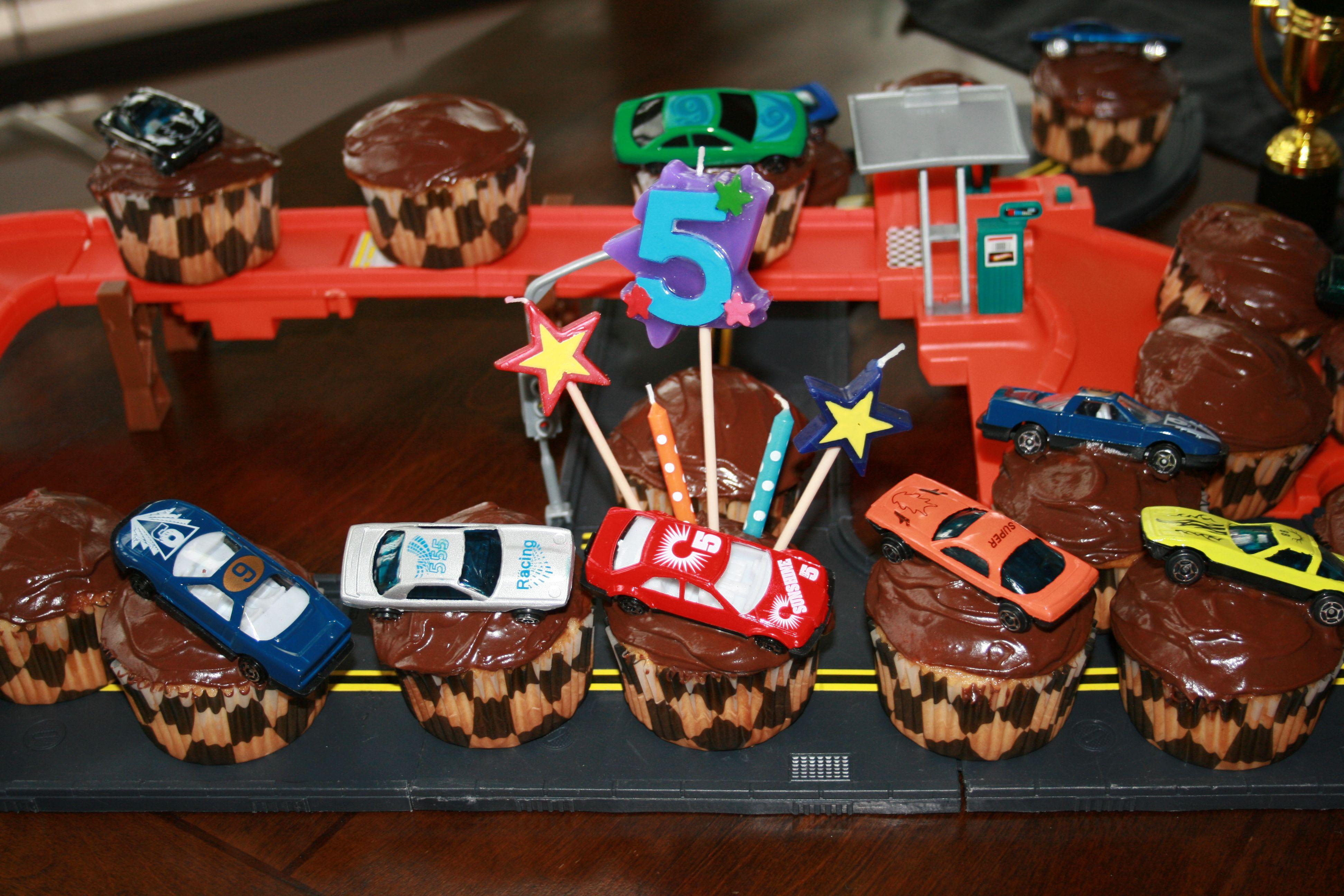 Race Track Cupcake Cake.