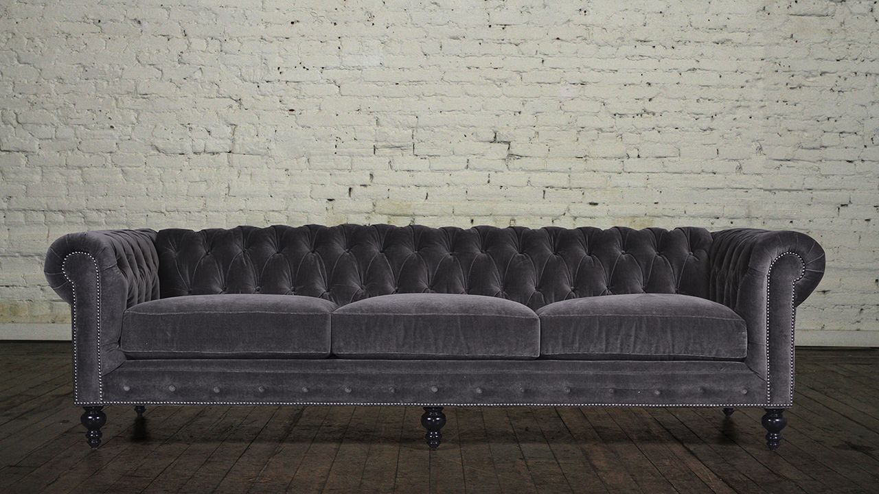 Classic Chesterfield Fabric Sofa Maker Of Custom Luxury Furniture Brand Chesterfield Furniture Made In Usa Chesterfield Furniture Sofa Furniture