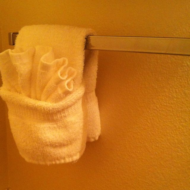 How To Fold Bathroom Towels For Display: Washcloth And Hand Towel Folding At Our Fav Hotel.