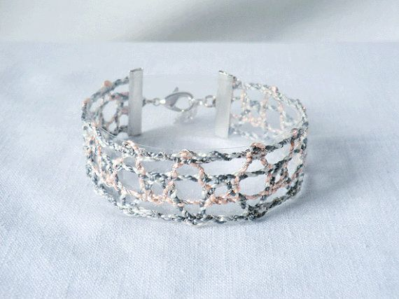 bracelet handmade bobbin lace out of bead yarn grey by UliBaysie, €24.90