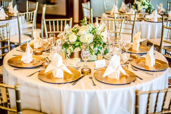Gold table setting idea - white table linens with gold Chiavari chairs and gold chargers Daniel Hon Wedding Photography & Fall California Golf Club Wedding | Gold table settings Gold ...