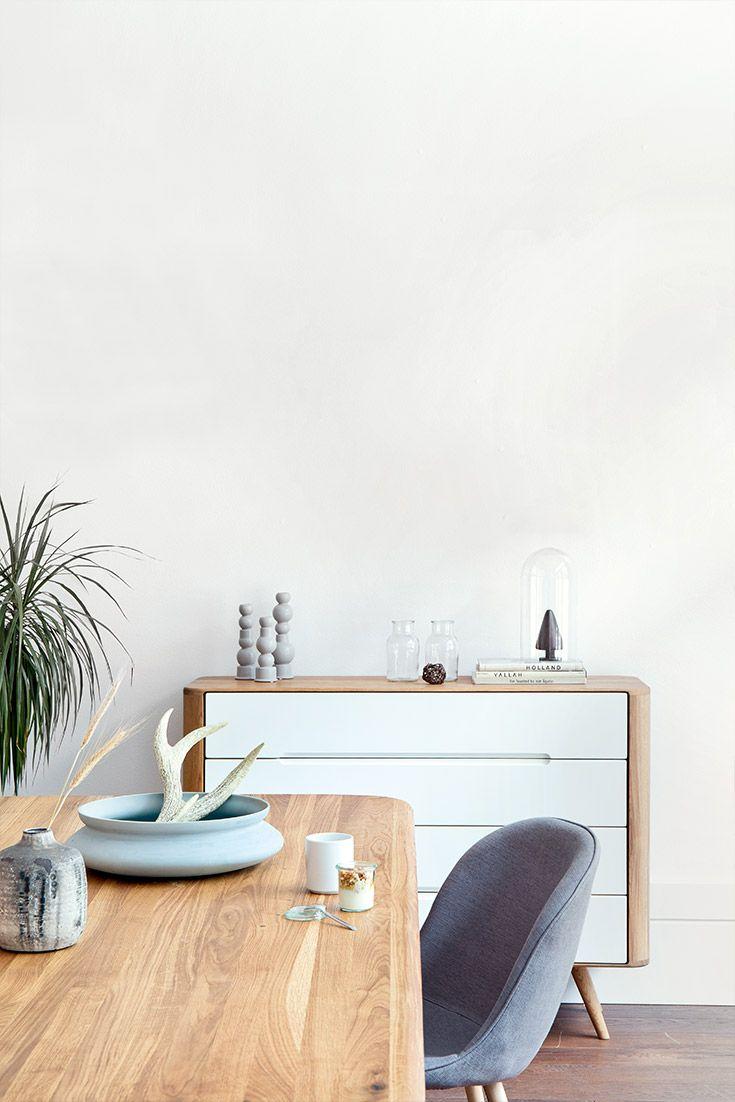 Skandinavischer stil  Kommode Loca breit und Esstisch Loca | Retro-Stil ...