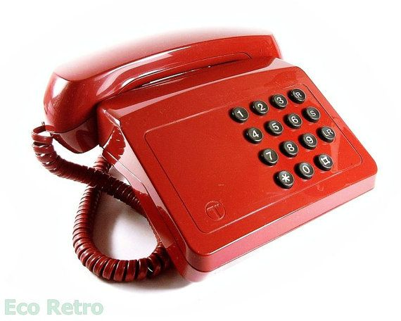 23a5dd1a0 Tribune - Vintage 1980 s BT Telephone with Bell Ring in English Red ...