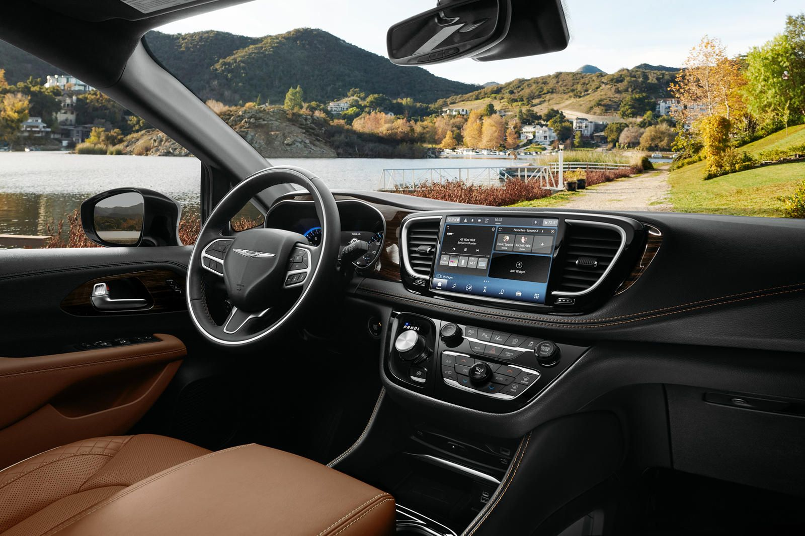 18+ Luxury minivan 2021 Wallpaper