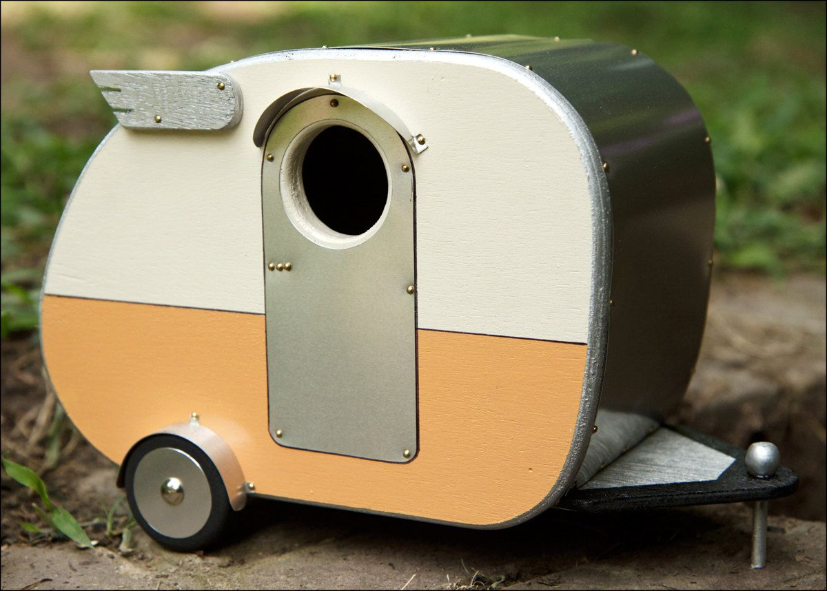 Vintage Camper Birdhouse #airstream