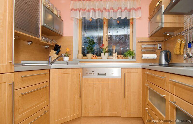 Kicthen Designs, Kitchen Cabinets Modern Light Wood Design: Small Modern  Kitchen Ideas | Kitchen Colour Schemes | Pinterest | Light Wood Kitchens,  ...