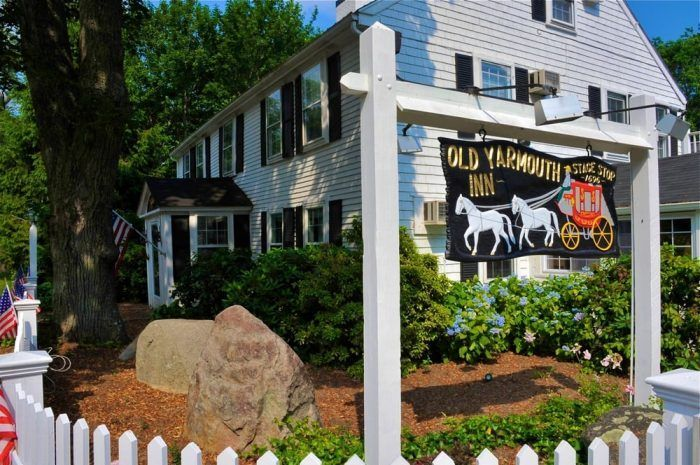 These 10 Amazing Massachusetts Restaurants Are Loaded With Local History Cape Cod Massachusetts Cape Cod Ma