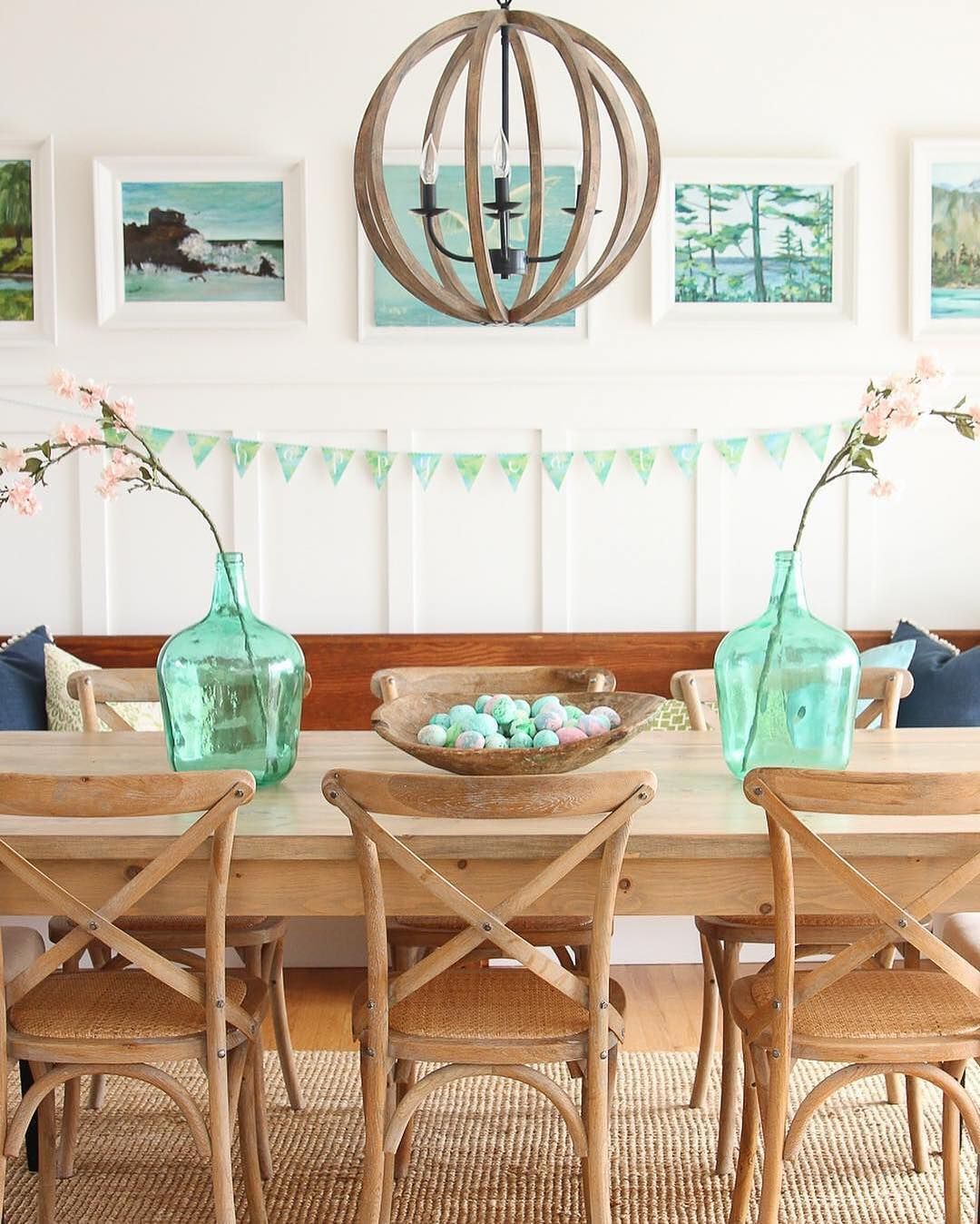 Mint Green Accents Make This Dining Room Sing With Spring