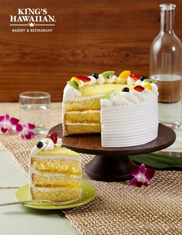 kings hawaiian cake king s hawaiian pineapple tres leches cake dessert ono 5319